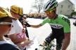 Lars Petter Nordhaug skriver autografer før start.  Foto: Kristoffer Øverli Andersen / ToN