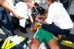 2006: Den påfølgende dagen blir ikke like bra. Hushovd blir truffet av en grønn skummfinger og dette er resultatet. Hushovd mister trøyen, men tar den tilbake neste dag. Foto: Tim de Waele (©TDWSport.com)