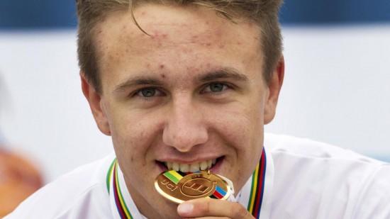 <b> ALT ELLER INGENTING:</b> Oskar Svendsen har potensial til å bli Norges beste sammenlagtrytter. Men 20-åringen fra Lillehammer er usikker på om motivasjonen er der. Nå tar han et pusterom med psykologistudier i Trondheim. FOTO: REUTERS/Michael Kooren