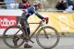 Pauline Ferrand Prevot tar gull i kvinneklassen. (©TDWSport.com)
