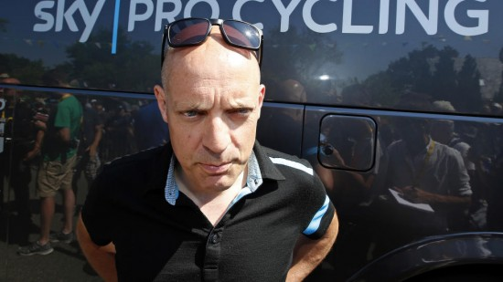 IRRITERT: Sir Dave Brailsford mener UCIs behandling av Astana etter dopingskandalene er for mild. Foto: Eric Gaillard / Reuters / NTB scanpix