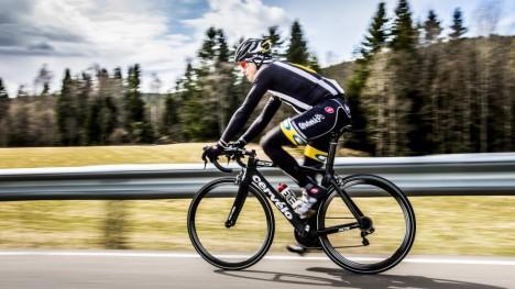 <b>TILBAKE:</b> Edvald Boasson Hagen var onsdag ute på sin første tur etter at han blåste av veien i Belgia og brakk kragebeinet. Nå starter kampen for igjen å bli blant verdens beste. Foto: Halvor Solhjem Njerve / Dagbladet