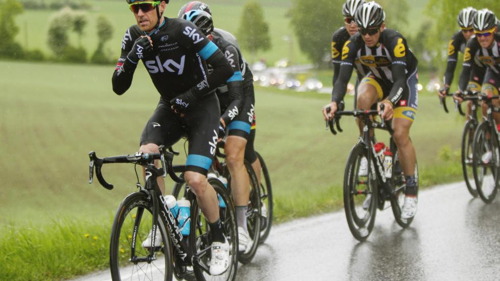 <b>TINGENE STEMMER IKKE:</b> Lars Petter Nordhaug slet under Tour of Norway, mens Tour de Suisse ble et lite mareritt. Nå vil han trolig slite med å leve opp til favorittstempelet under NM-fellesstarten. FOTO: Kristoffer Øverli Andersen, www.procycling.no