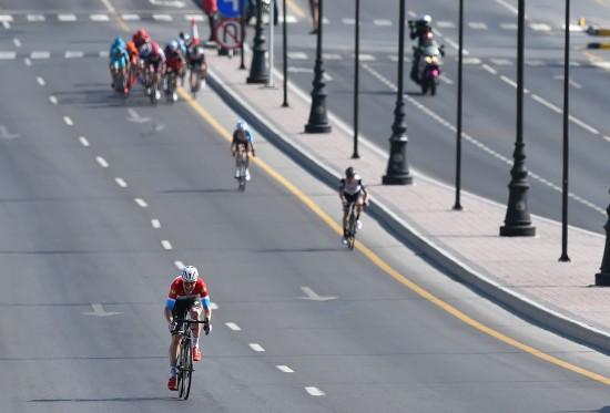 LANGSPURT: Konkurrentene klarte ikke organisere seg bak da Bob Jungels satte inn sitt avgjørende angrep. FOTO: Tim De Waele/TDWSPORT.COM