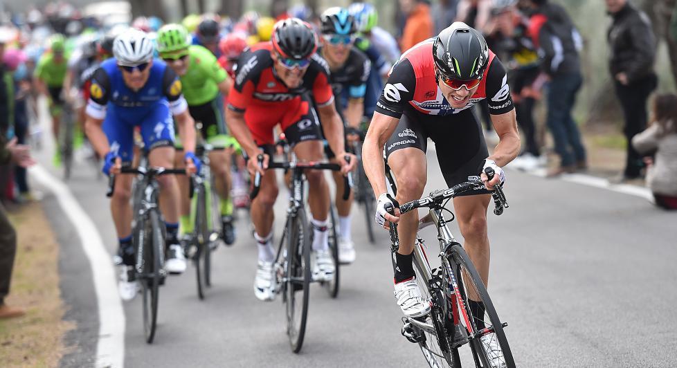 STERK: Edvald Boasson Hagen var hele tiden nærme fronten i avslutningen på torsdagens etappe i Tirreno-Adriatico. Foto: Tim de Waele (©TDWSport.com)