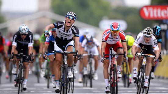 <b>KONKURRENTER:</b> Marcel Kittel og André Greipel er kanskje Alexander Kristoffs tøffeste motstandere. Begge viser storform i Giro d'Itlaia. Her fra 2014. Foto: Tim de Waele (©TDWSport.com)