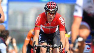 I FRAMGANG: Stig Broeckx meldes nå å være utenfor livsfare etter den alvorlige krasjen med motorsykler på tredje etappe av Baloise Belgium Tour. Bildet er fra etappen som ble syklet dagen før ulykken. Foto: LC (©TDWSport.com)