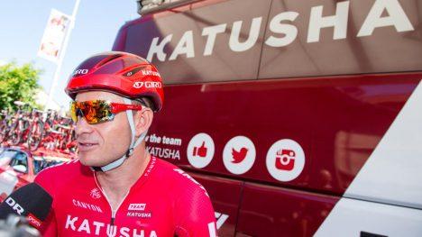FRUSTRET: Kristoff måtte se en ny spurtmulighet svinne hen på 10. etappe i Tour de France. Foto: Audun Braastad / NTB scanpix