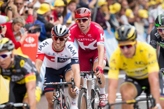 LIKE BAK: Bare noen meter bak ryttere som Mark Cavendish, Andre Greipel og Peter Sagan kom Sondre Holst Enger. Bak han var ryttere som Alexander Kristoff og Marcel Kittel. FOTO: Audun Braastad / NTB scanpix