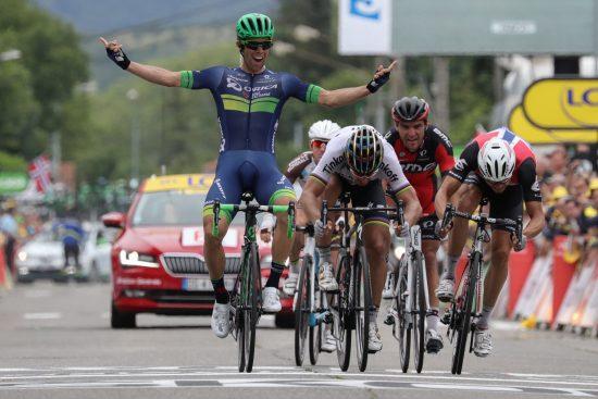 TRIUMFERTE: Michael Matthews slo til på den 10. etappen av årets Tour de France. FOTO: AFP PHOTO / KENZO TRIBOUILLARD