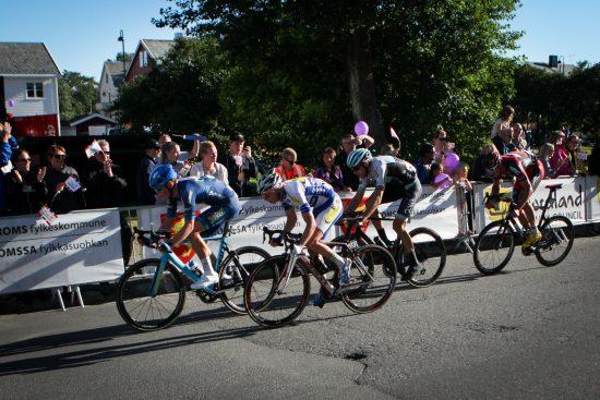 Brudd-Skaarseth: Offensiv i Bodø sentrum. Lillehammer-gutten fikk vist frem fargene på finaleetappen Foto: Kjetil R. Anda / procycling.no
