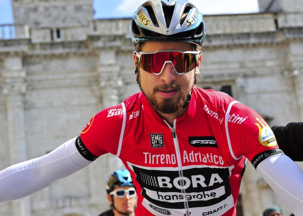 FJORÅRSVINNER: Arnaud Demare vant 216-utgaven av La Primavera. Alexander Kristoff endte på sjetteplass. Foto: AFP PHOTO / MARCO BERTORELLO