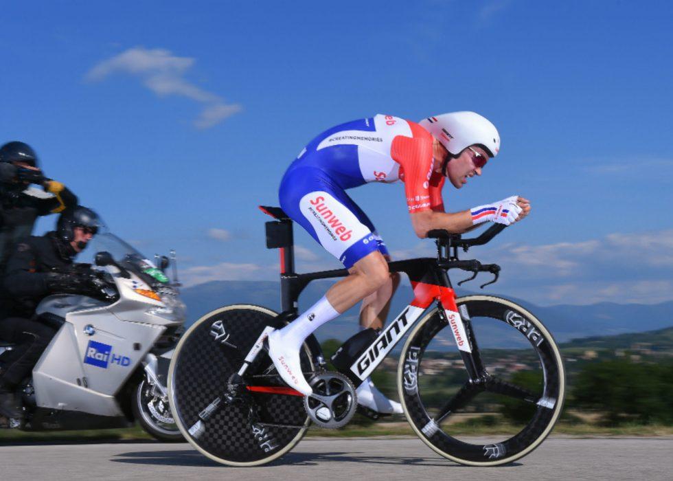 LYNRASK: Tom Dumoulin var fullstendig overlegen på dagens tempoetappe i Giro d'Italia. FOTO: Tim de Waele (TDWSport.com)
