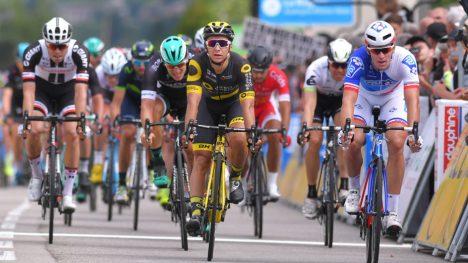VRAKET: Bryan Coquard (i midten) er utelatt fra Direct-Energies Tour de France-tropp. FOTO: Tim de Waele (TDWSport.com)