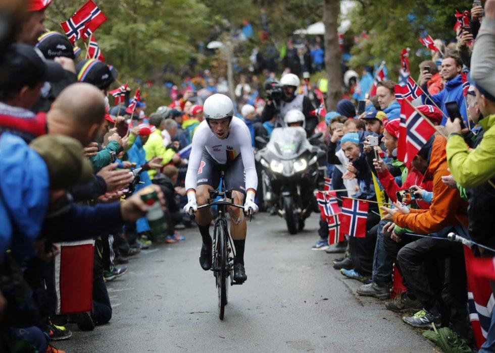 FLØYEN: Tony Martin kjemper seg oppover mot Fløyen. Foto: Marit Hommedal / Cornelius Poppe / NTB scanpix
