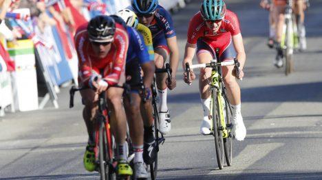 GULLKAMP: Danske Julius Johansen leder ut på den siste runden