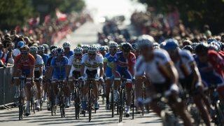 DRØMMER OM SLIKE SCENER: Danmark arrangerte VM i 2011 og hadde Giro d'Italia på besøk året etter. Nå er det trolig nærmere en dansk Tour de France-start enn de har vært noen gang tidligere AFP PHOTO/JONATHAN NACKSTRAND