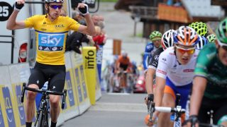 STRIDENS KJERNE: Bradley Wiggins mottok medisinsk behandling underveis i Critérium du Dauphiné i 2011