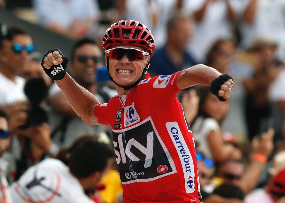 I TRØBBEL: Chris Froome risikerer å miste sammenlagtseieren fra Vuelta a España tidligere i høst. Foto: EPA/Javier Lizon