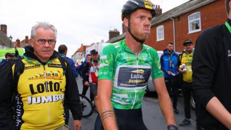 TRØBBEL: Lars Boom har blitt utestengt i en måned etter slaget i Tour of Norwya 2018. Foto: Tim de Waele