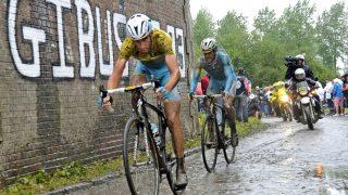 2014: En episk dag på slagmarken da Vincenzo Nibali surfet ifra konkurrentene på den 5. etappen. AFP PHOTO / FRANCOIS LO PRESTI