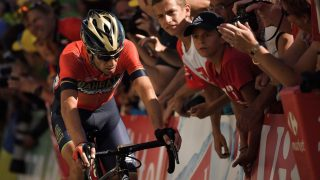 UTE: Vincenzo Nibali er ferdig i Tour de France. AFP PHOTO / Marco BERTORELLO