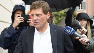 I TRØBBEL IGJEN: For andre gang på en snau uke skal Jan Ullrich ha blitt arrestert. Dette bildet er tatt foran et rettsmøte i 2017