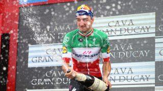 NY SEIER: Elia Viviani vant den avsluttende etappen i Vuelta a España. FOTO: Michael Steele/Getty Images