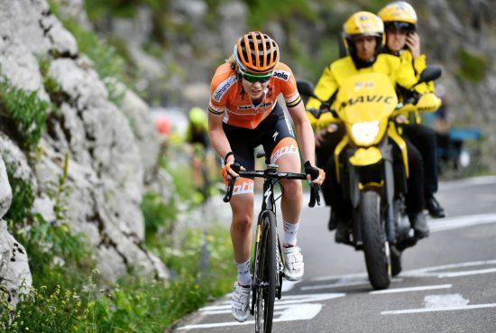 SUVEREN: Anna van der Breggen tok en overlegen seier. Foto: Justin Setterfield/Getty Images