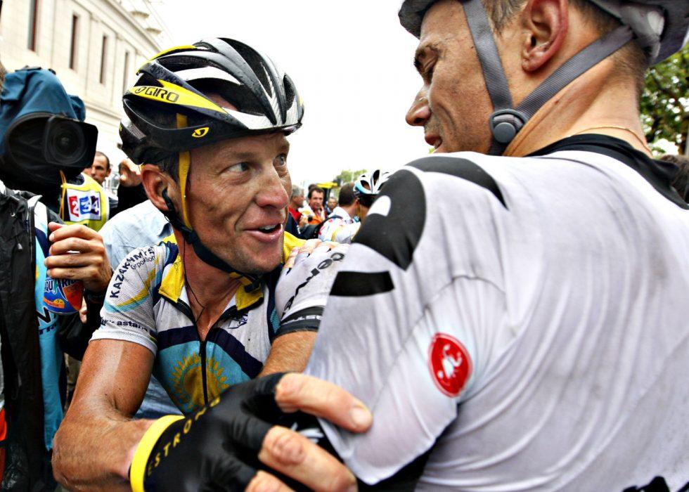 Tour de Fance. Thor Hushovd vant den 6. etappen fra Girona til Barcelona. Her gratuleres han av Lance Armstrong.